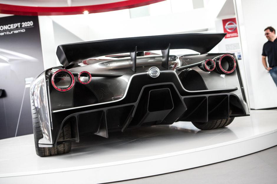 Nissan-Concept-2020-Gran-Turismo-6-supercar_3